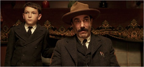 Dillon Freasier and Daniel Day-Lewis star in Paul Thomas Anderson's There Will Be Blood. Courtesy of François Duhamel/Paramount Vantage.